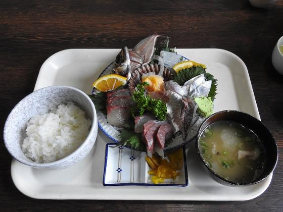 塩湯の刺身定食