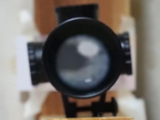 スコープの正面からの画像