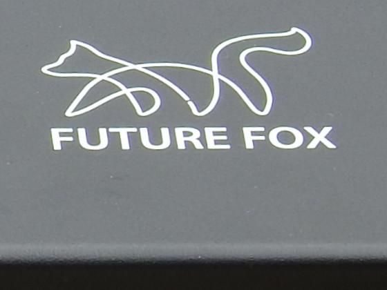 FUTURE FOX  ST-330 レギュレーターストーブ 専用  アルミ テーブルのロゴ